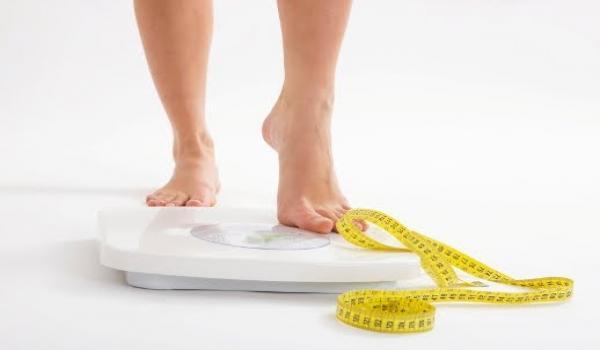قياس نسبة الدهون بالجسم